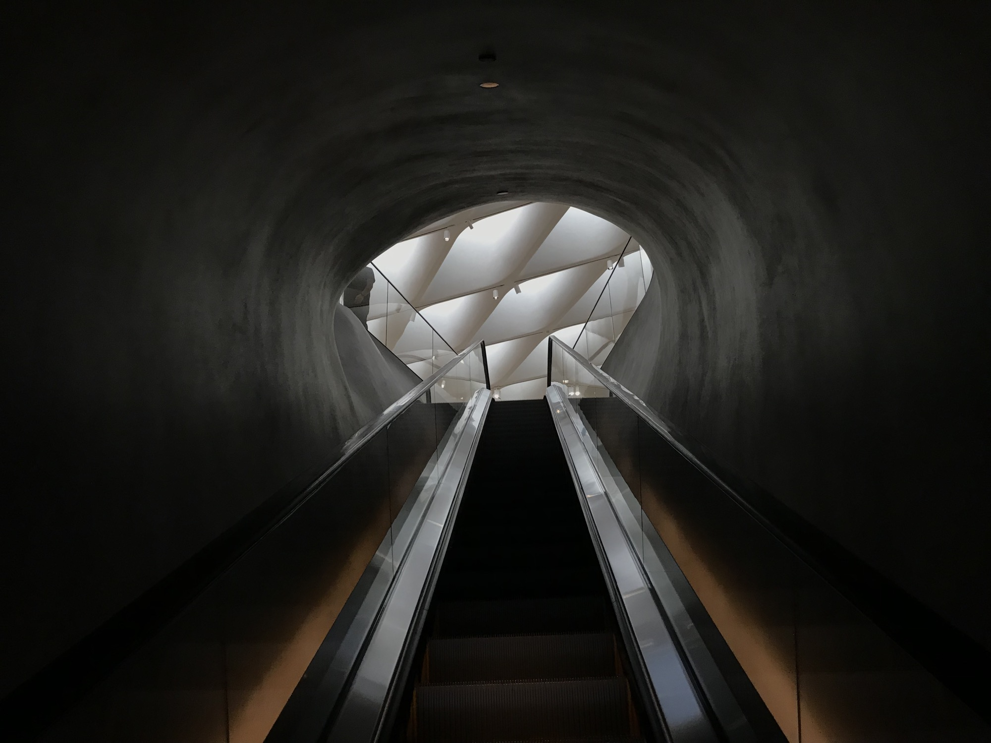 Photo of escalator in The Broad museum (Los Angeles).